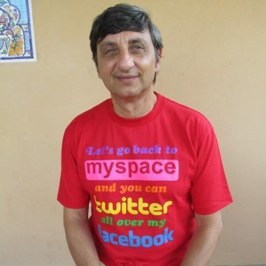 Roberto Grossi Social Media Easy