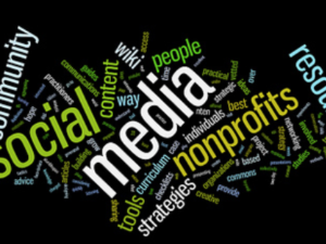 Le PMI possono ancora fare a meno dei social media? (presentazione)
